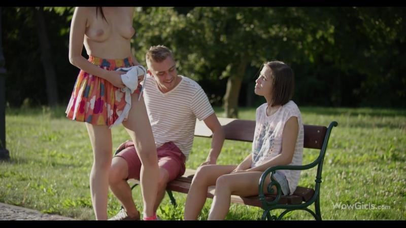 Девку поимели в парке видео порно